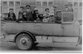 VJA567 Early 1930's Sunday School trip to Seaside