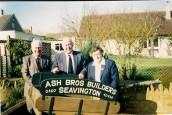 ASH012 Ash Brothers handcart (Harold Youle, Bob & Ivy Ash)