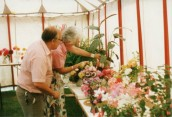 JSI477 1992 Flower show in Ilminster Scouts tent - Julie Sibley & David Wills