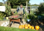 RCO605 Oct 2013 Alan Graham, local archaelogist, with latest crop of pumpkins